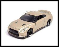TOMICA #94 NISSAN SKYLINE GT-R R35 1/61 TOMY GTR 35 DIECAST Champaign Gold 榮光