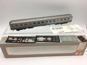 Lima-309144K-HO-Gauge-DB-Silver-2nd-Class-Coach