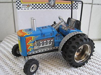 Funktion Warm Und Winddicht Spielzeug Blechspielzeug Traktor 1:25 Dragtor *neu* M