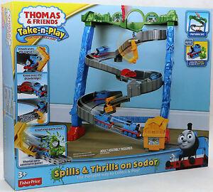 Fisher-Price-BCX21-Thomas-und-seine-Freunde-Spiel-Set-Hindernisfahrt-NEU