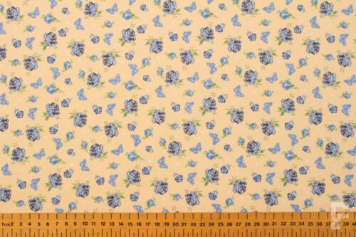 ROSES /& BUTTERFLY 100/% COTTON PRINT FABRIC FREE UK P/&P 112 CM WIDTH