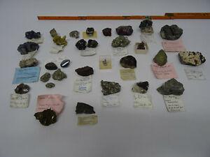 32 Mineralien Eisenrose Pyritrosette Millerit Kassitterit Bleiglanz