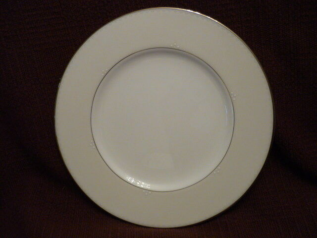 WATERFORD  Presage accent plate  NWT    Gorgeous