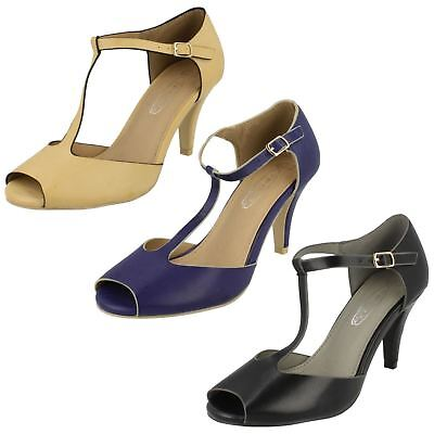 R34A Spot On F1R0134 Ladies Nude//Black Court Shoes