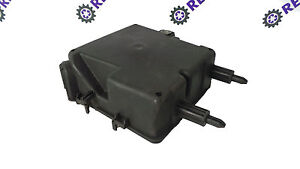renault laguna iii 08 2015 2 0 dci engine fuse box cover 284b10001r rh ebay co uk
