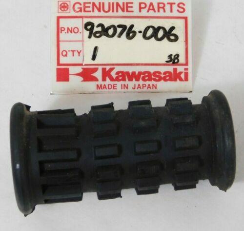 NOS 1967-80 Kawasaki C2 F3 F4 G3 G4 KH KV MT1 C2SS Foot Peg Rubber OEM 92076-006