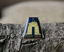 Peace Arch Lapel Pin Pinback Gold Tone Metal Blaine WA USA Surrey BC Canada