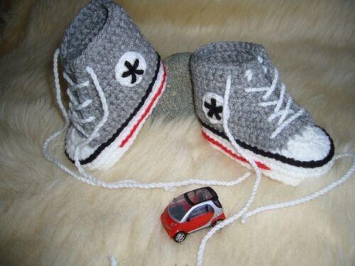 Babychucks Sneaker gehäkelt hellgrau für ca Sohle 9cm 0-5 Mon