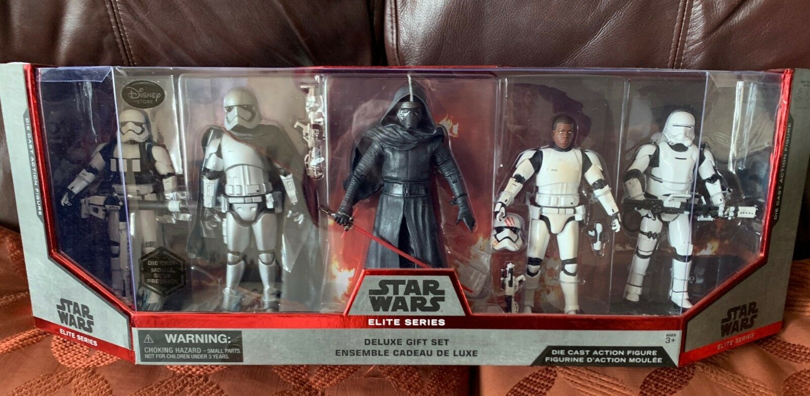 STAR Wars incl Capt Phasma FINN FIAMMA Trooper kylo ACTION FIGURE ANCORA IN SCATOLA