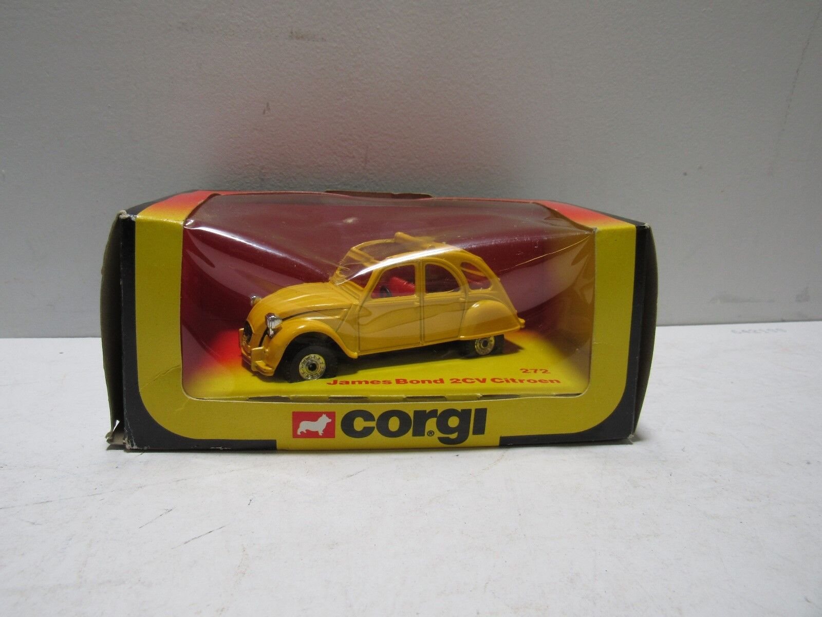Corgi 272 James Bond 2CV Citroen New In Box