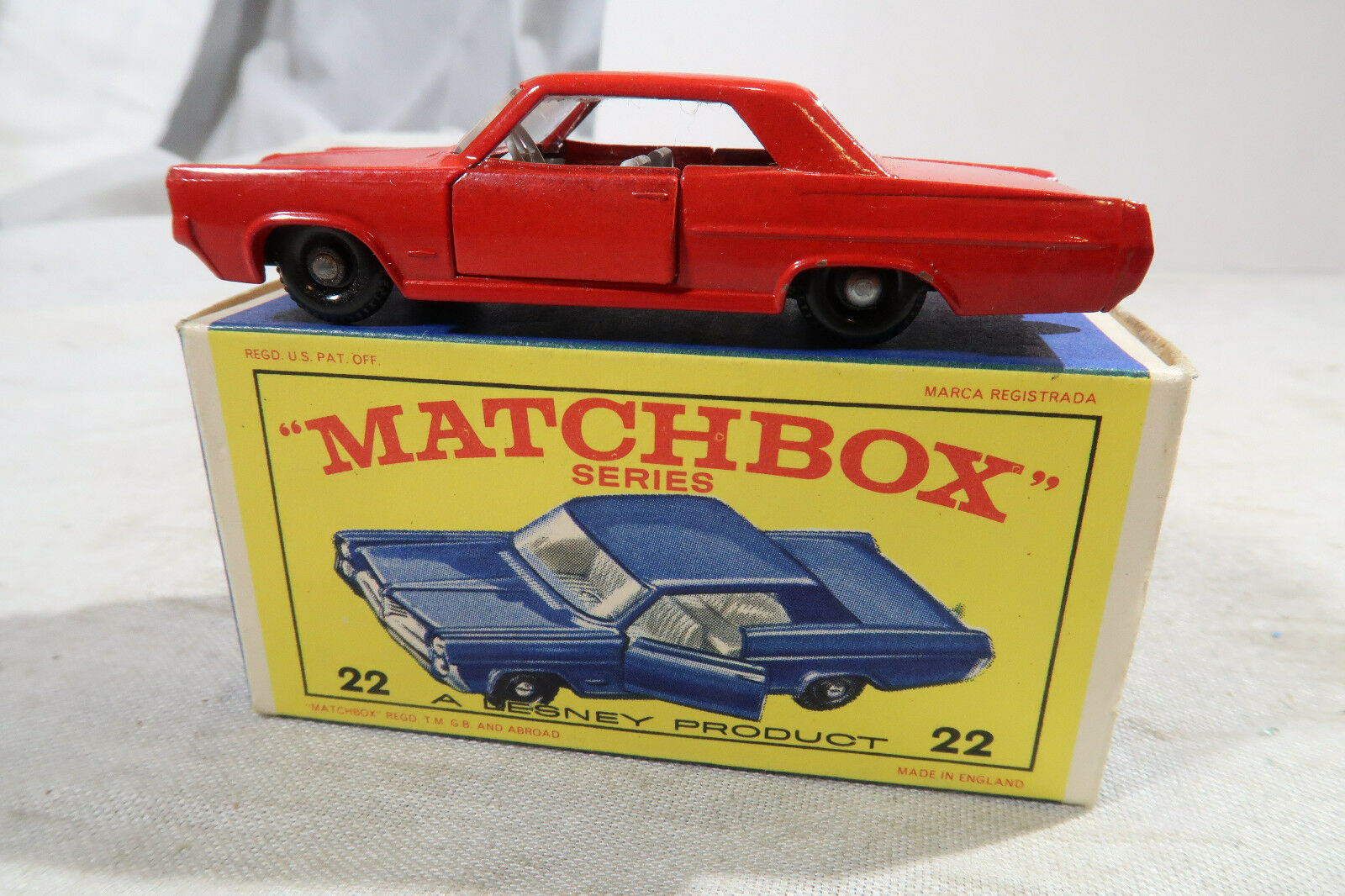 Matchbox BOXED No 22 Pontiac G P Coupe GP