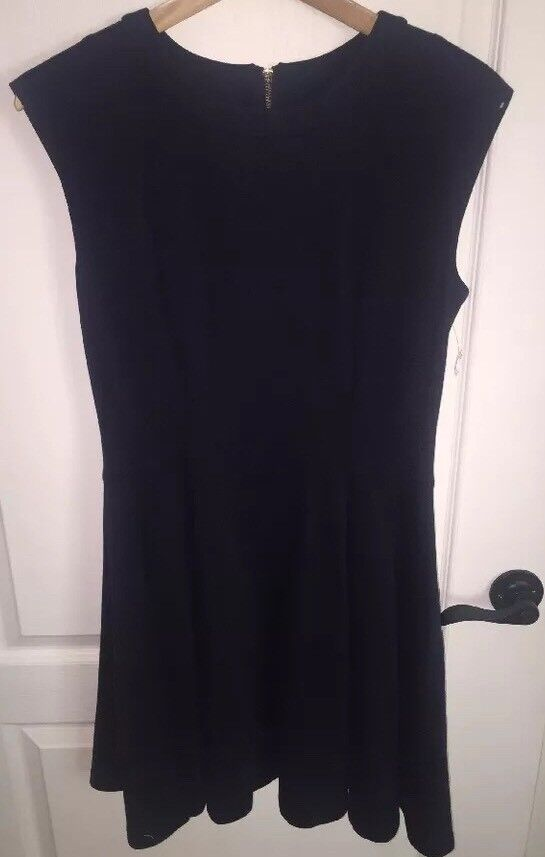 NEW Eliza J Seamed Fit & Flare Dress- Navy bluee- Size 8