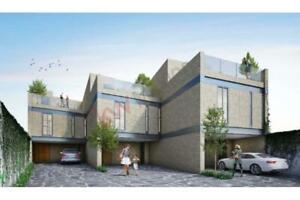 Residencia en Renta ubicada en Conjunto Residencial Las Plazas, colinda con Hacienda Agua Calient...