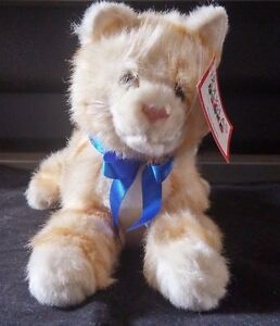 Douglas-Cuddle-Toys-Orange-and-White-Tabby-Cat-13-034-Stuffed-Plush-New-with-Tags
