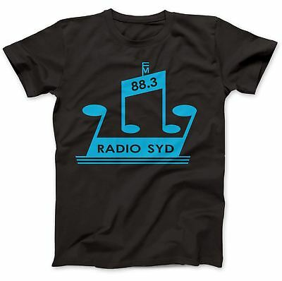 Gehorsam Radio Syd 88.3 As Worn By Brian Jones T-shirt 100% Premium Cotton Stones