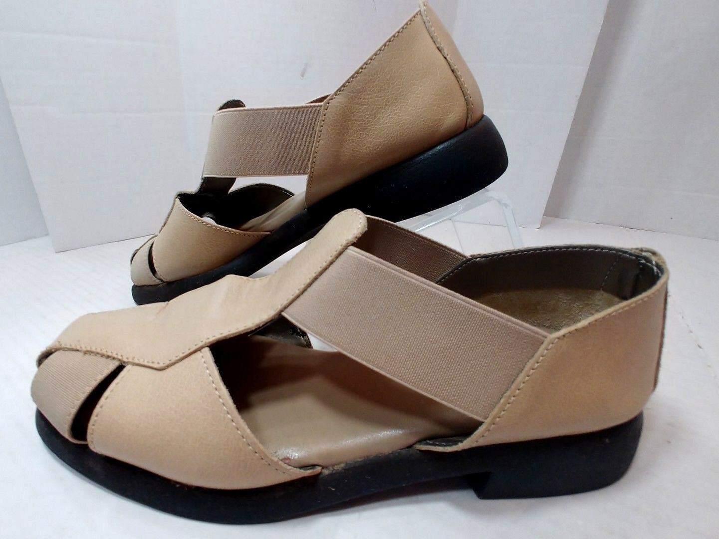 Aerosoles Beige Leather Casual shoes Flats Sporty T Sandals Slip On Womens 5.5M
