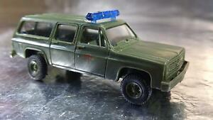 Trident-90110-United-States-Air-Force-Fire-Chief-Vehicle-1-87-Scale-HO