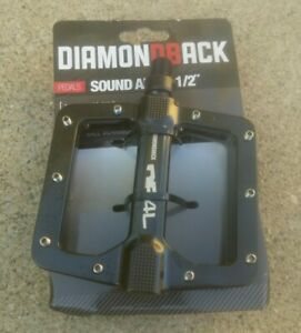 "Diamondback Flat Platform Bicycle Pedals 1//2/"""