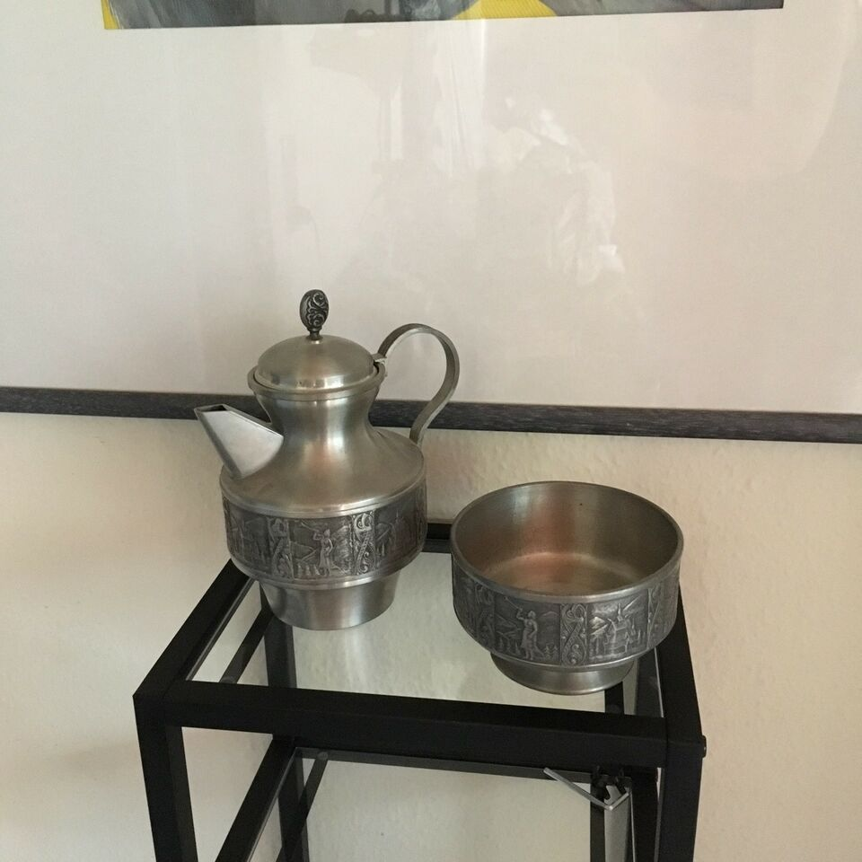 Norsk tinn, Kaffekande og skål, motiv: Kyrre