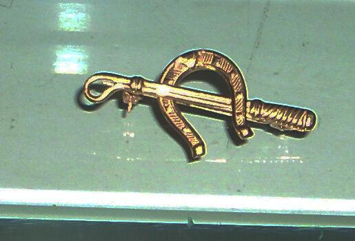 Antiguos   Vintage Firmado oro 18k Ecuestre Broche