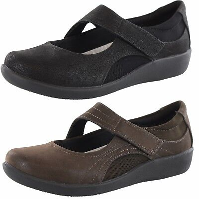 Clarks Sillian Bella Black Women/'s Casual Mary Jane 21457