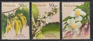 (273)MALAYSIA 2001 SCENTED FLOWERS SET FRESH MNH