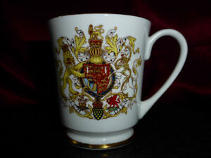 Vintage-INVESTITURE-OF-PRINCE-OF-WALES-CHARLES-1969-Aynsley-China-Cup-Mug