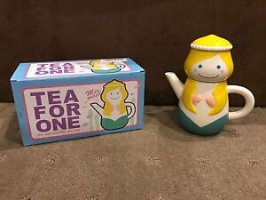Little-Mermaid-Teapot-amp-Cup-For-One-17cm-Tall-Brand-New-In-Box