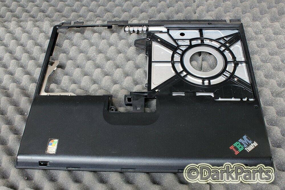 IBM ThinkPad T30 Type-2366 Laptop Palmrest Cover 46L4783