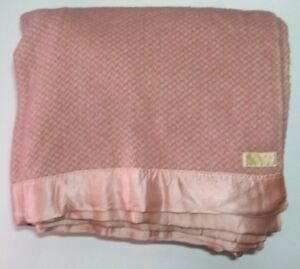 7fbd612f99 Image is loading Vintage-Pendleton-Wool-Blanket-Pink-Satin-Trim-68-