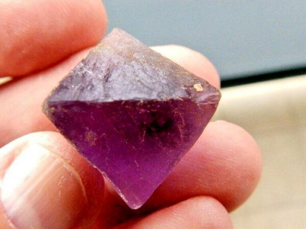 "Adaptable Minerales "" Fabuloso Cristal Octaedrico De Fluorita De China - 10d15 ""."