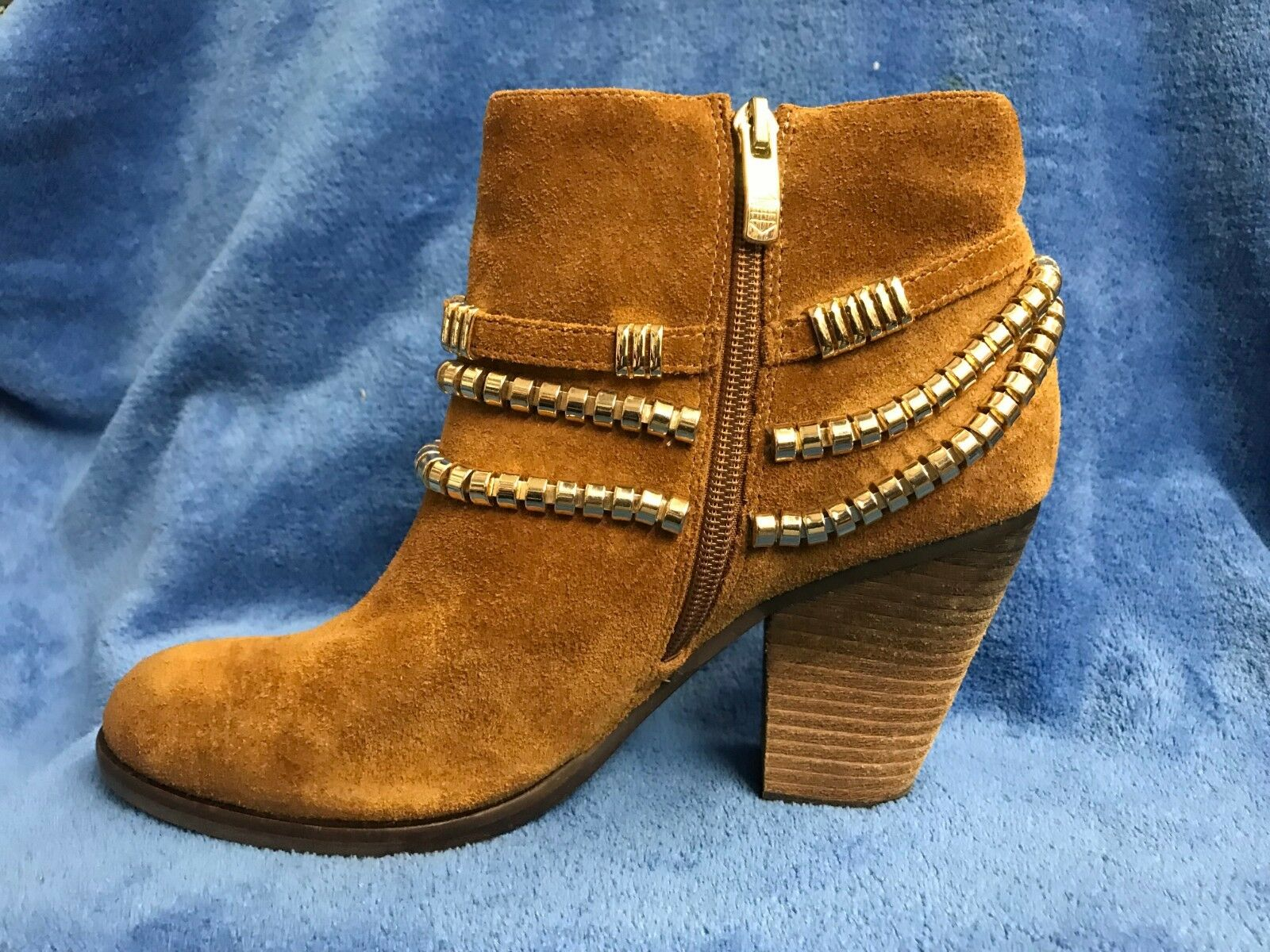 Vince Camuto Suede and Leather Booties Ankle Boots Size 7M