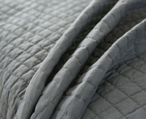 Tagesdecke Steppdecke Bettüberwurf unterfüttert kariert Grau-Creme 240x260 cm