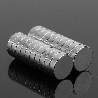 50Pcs 3x1.5mm Rund Zylinder Super Stark Selten Erde Neodym-Magnete N52 Grace