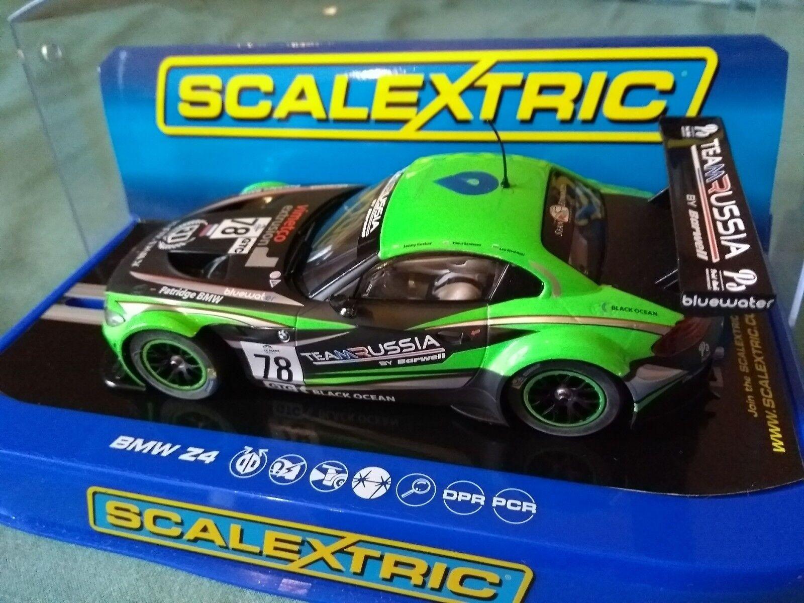 Scalextric C3624 BMW Z4 GT3 Team Russia BNIB