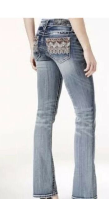 498420176fc Women s Miss Me Mid Rise Signature Boot Jeans Size 33 for sale ...