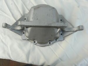 Triumph-Tr6-new-old-stock-rear-differential-casing-in-great-condition