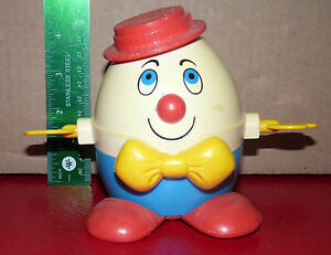 Vintage-1971-Pulling-Toy-Fisher-Price-4-039-039-Humpty-Dumpty-No-736