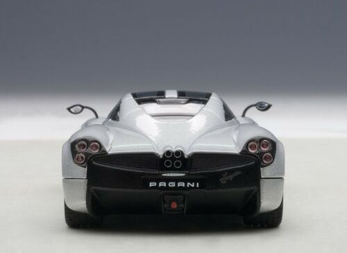 PAGANI HUAYRA METALLIC SILVER 1//43 DIECAST CAR MODEL BY AUTOART 58206