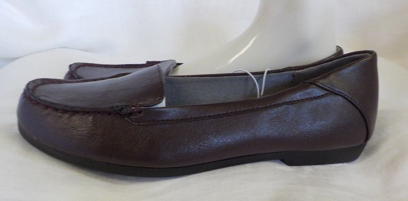 Life Stride Loafer Size 8 M NWT Brown .5  Heel Comfort Non Skid Slip On All Sewn