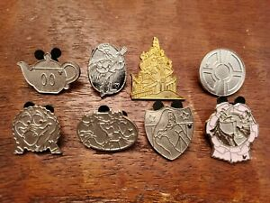 Disney-Trading-Pins-Hidden-Mickey-Silver-and-Gold-Lot-of-8