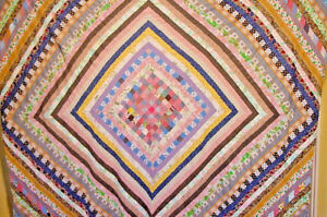 ANTIQUE-QUILT-TOP-FABULOUS-SUN-AND-SHADOW-TOPPER-HAND-PIECED