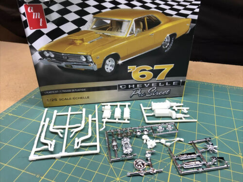 454 Chevy ENGINE W Tunnel Ram Carbs Headers UNBUILT AMT 1:25 LBR Model Parts FOB
