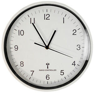 Sutton-Large-Round-White-Wall-Mounted-30cm-Radio-Controlled-Clock-Auto-Updates