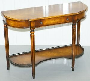 STUNNING-BURR-WALNUT-THEODORE-ALEXANDER-CONSOLE-TABLE-WITH-SINGLE-DRAWERS