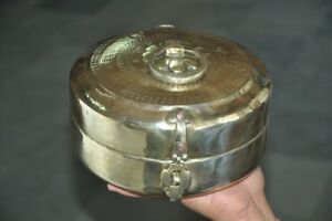 Old-Brass-Handcrafted-Inlay-Engraved-Round-Shape-Bread-Chapati-Box