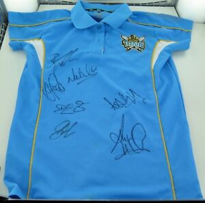 Image is loading GOLD-COAST-TITANS-SIGNED-SUPPORTERS-SHIRT-WITH-7- 0bcd22e12
