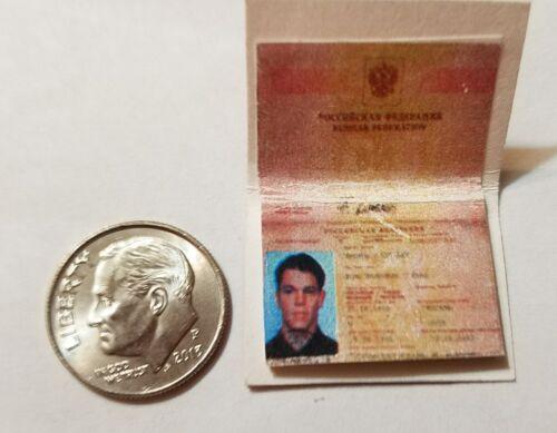 Miniature Passeport Français Gi Joe Action Figure playscale Jason Bourne secret