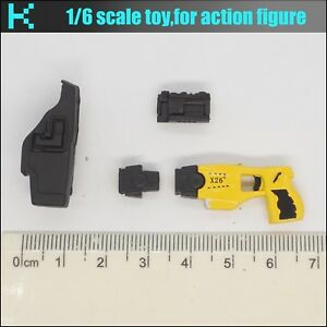Y82-26 1//6 scale ZYTOYS action figure yellow X26 gun