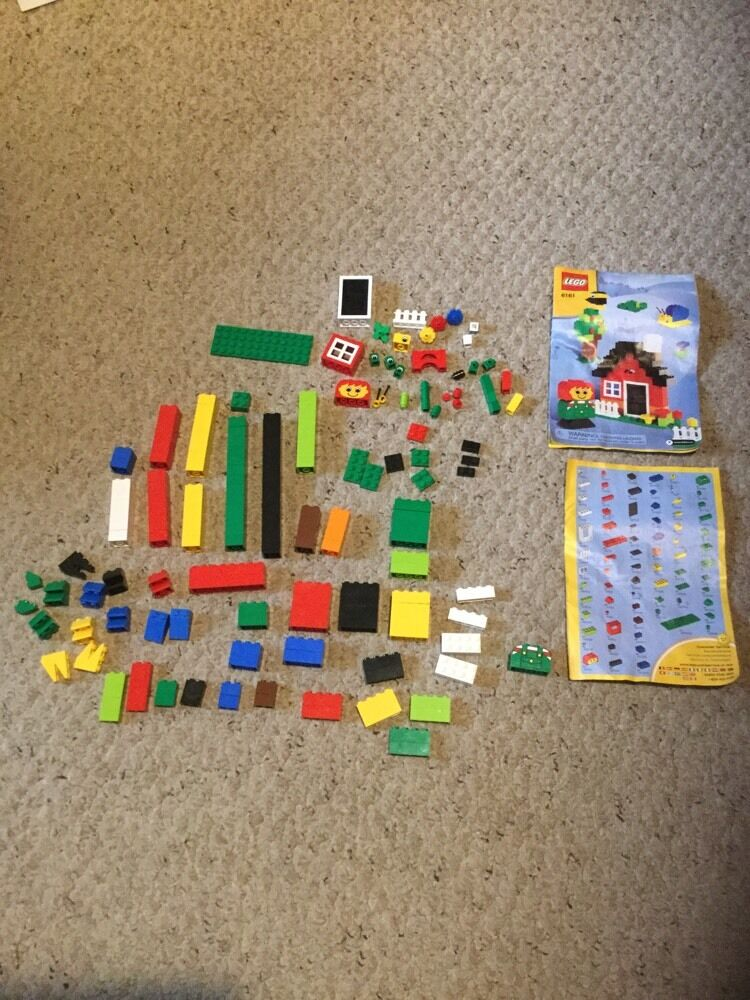 Pre Owned Lego 6161.    Missing 3 Small Pieces. 4dd0d1